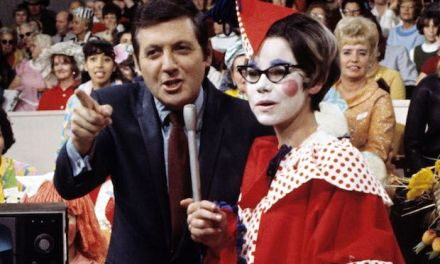 Monty Hall, iconic 'Let's Make a Deal' host, dead at 96