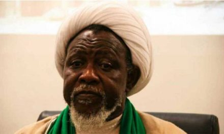 El-Zakzaky distributes foodstuffs to the poor, prays for Muslim faithful