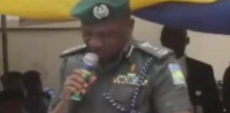 trending video of IGP Ibrahim Idris struggling to read his speech