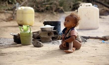 Photos of displaced children in Yemen conflict