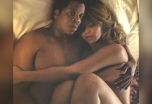 Jay-Z and Beyonce go completely naked in another racy bedroom photo.
