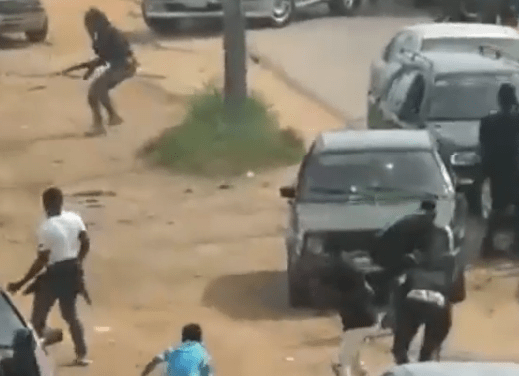 Video from the clash between Nigerian Army officers and Shi'ite members in Abuja