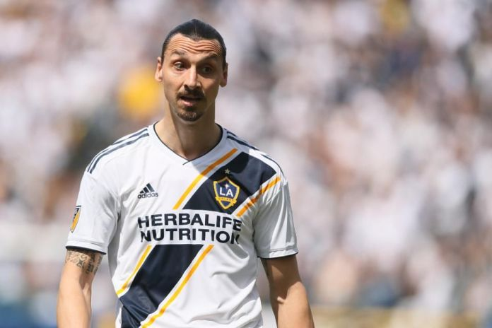 Ibrahimovic in shock return to Manchester United