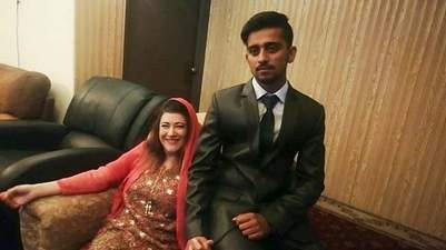 41-year-old American woman marries 21-year-old Pakistani student