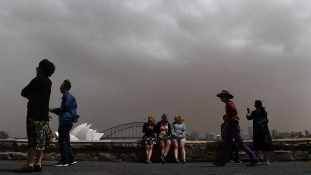 Australia dust storm: Health warning as skies change colour
