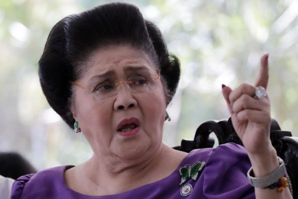 Court orders arrest of former first lady for graft