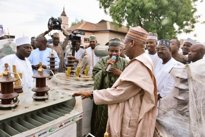 Governor Ganduje Distributes 100 New Transformers In Kano (Photos)
