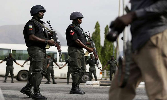 #EndSARS: Lagos police lost 100 riffles to hoodlums, #EndSARS: Lagos police lost 100 riffles to hoodlums, Premium News24
