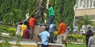 Mahatma Gandhi's statue