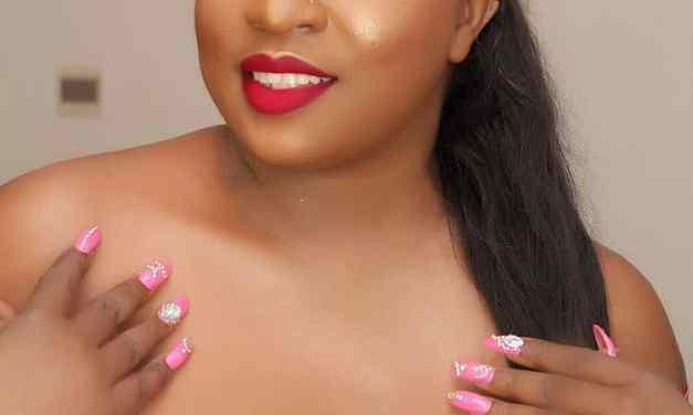 Actress Anita Joseph flaunts cleavage on social media (Photos)