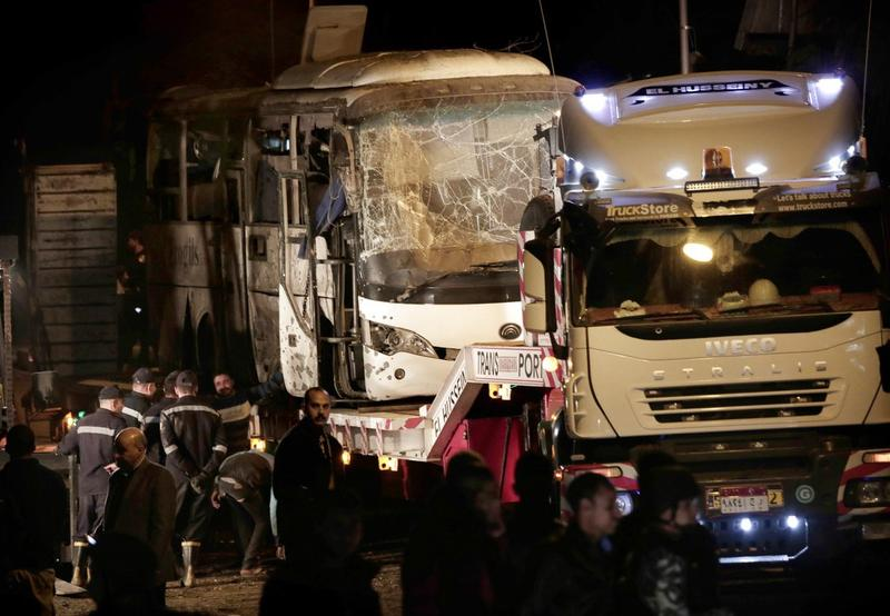 17 injured as bomb hits tourist bus near Egypt's Giza Pyramids
