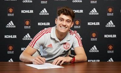 Latest Transfer News: Manchester United unveil Welsh winger Daniel