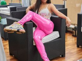Toke Makinwa flaunts her curvy backside in new photos