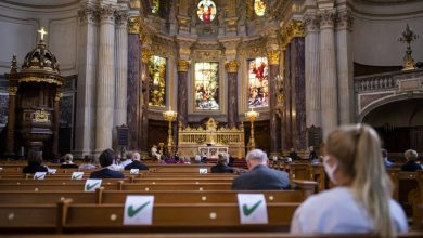 France reopens worship centres