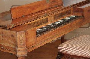 instrument antique
