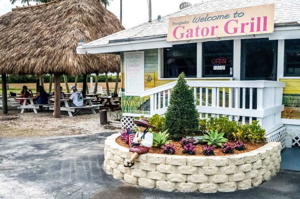 Everglades Gator Grill road trip floride