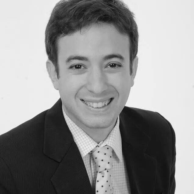 Agustín Laje fue declarado Joven Sobresaliente del Año y despertó la ira de la izquierda.