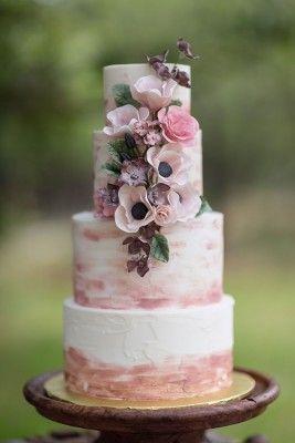 Brushstroke wedding cake with flowers