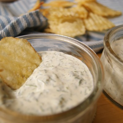 Ranch Dressing Recipe – Using Fresh and Dried Herbs