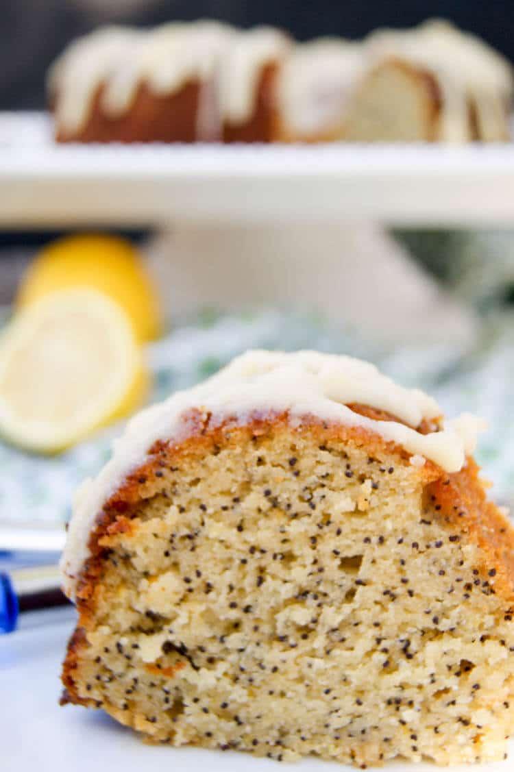 Paleo Lemon Poppyseed Cake