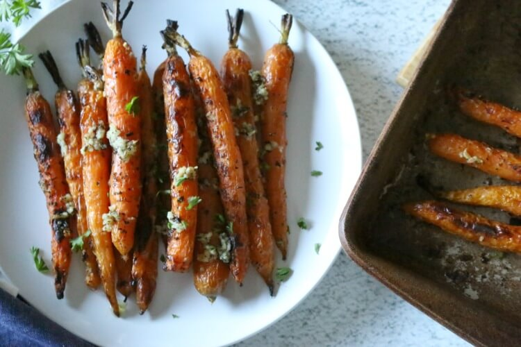Roasted Carrots with Garlic