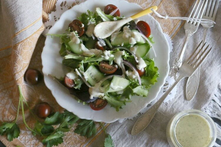 Simple House Salad Dressing