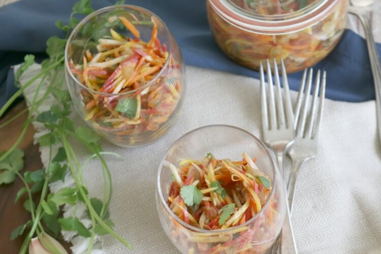 Carrot Salad with Cilantro and Garlic