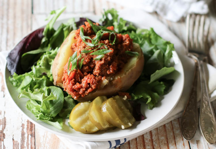 Veggie-Packed Sloppy Joes (Paleo, Whole30, Low-Carb) - These 30-minute Sloppy Joes are packed with vegetables and loaded with flavor. Most importantly, this takes only 30 minutes to prepare (sweet potatoes included!). #paleo #sloppyjoes #lowcarbmeal #30minutemeal