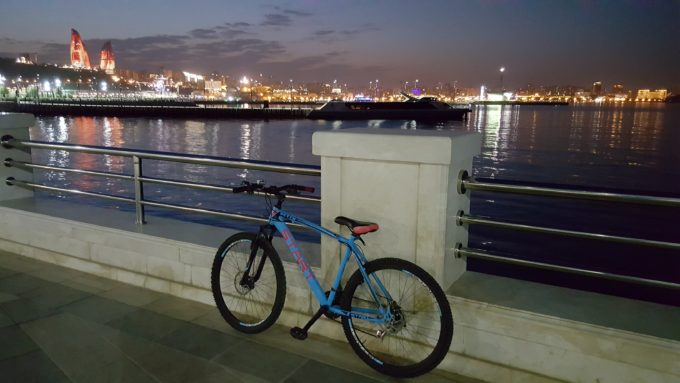 Hire a bike in Baku