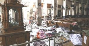 """Suicide Bombers Kill Hundreds of Easter Worshipers, Sri Lankan Streets """"a river of blood"""""""