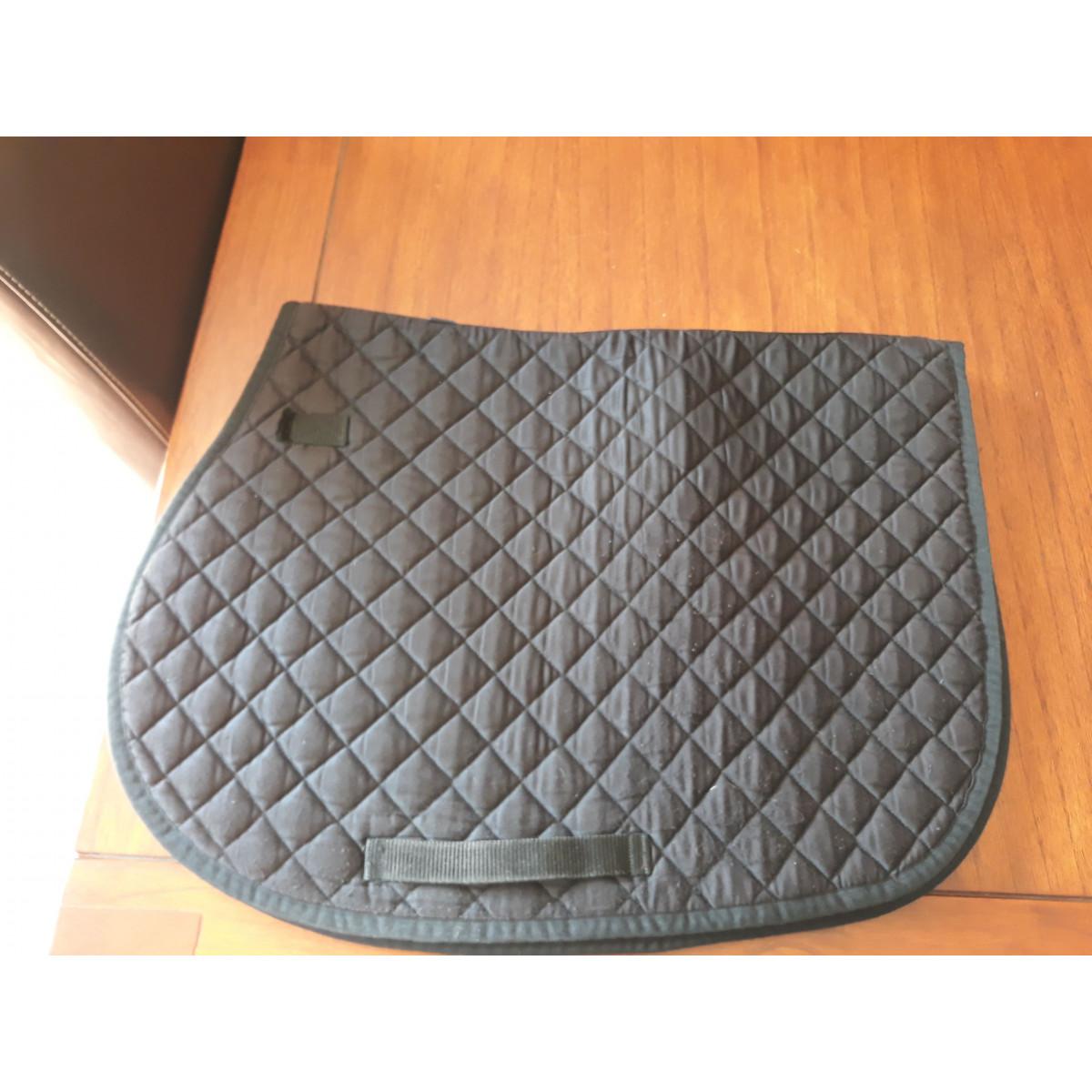 tapis noir decathlon