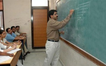 DUTA urges Delhi Deputy CM to ensure appointment renewal of ad hoc teachers