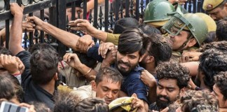 Jawaharlal Nehru University: 'End Protest Over Fee Hike, Get Back to Academics,' VC Urges Students