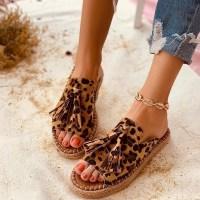 Аксесоарите, от които се нуждаете за летния сезон – удобни дамски сандали от flaro.bg