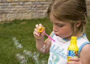 Summer activities for kids with easy to make bubble solution for children.