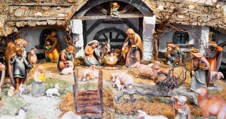 El Papa pide mantener la tradición de poner el Belén durante la Navidad