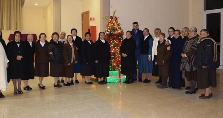 Realizaron religiosos fraternal posada navideña