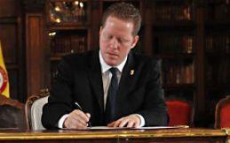gobernador interino y secretario de Estado, David Bernier. (Foto / Seministrada)