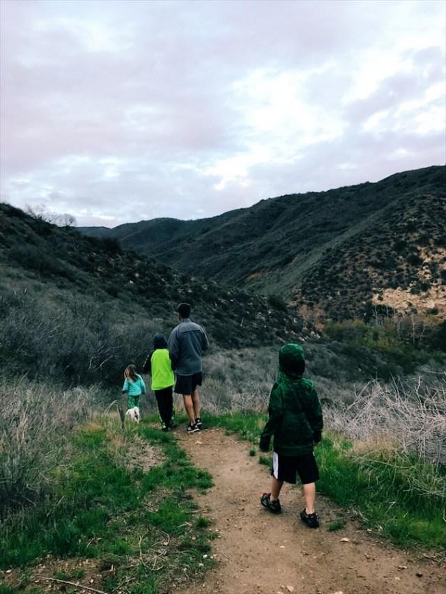 family-hike-malibu