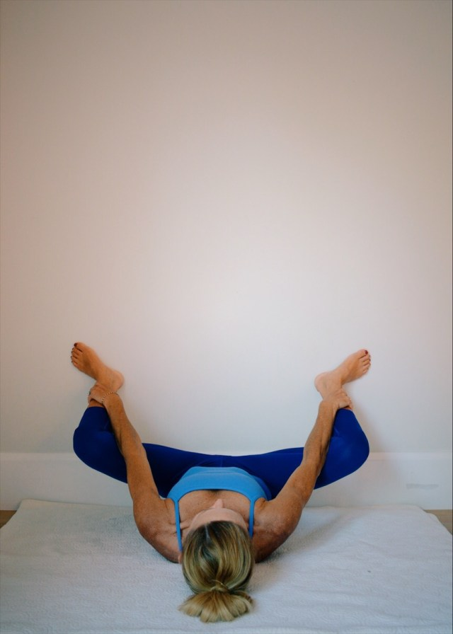 hip and back stretches