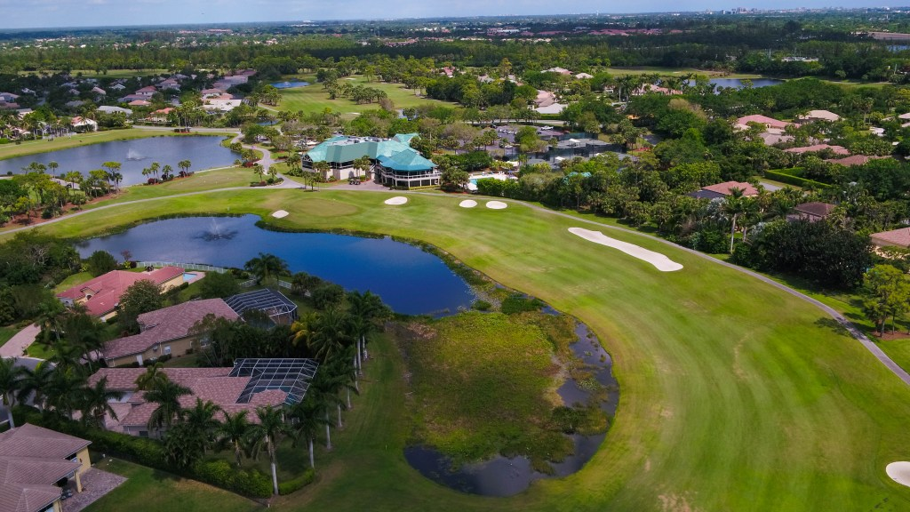 COUNTRY CLUB IN PALM BEACH GARDENS FLORIDA
