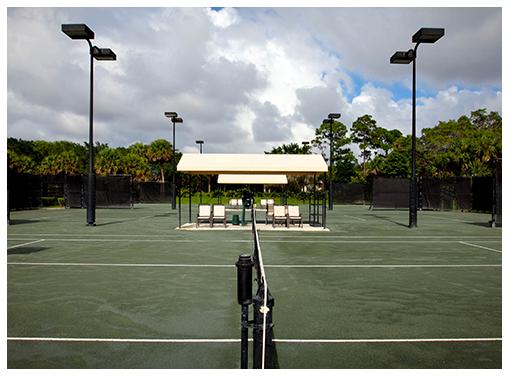 The Pros and Cons of Living in Florida - http://preserveatironhorse.com/pros-cons-living-florida/