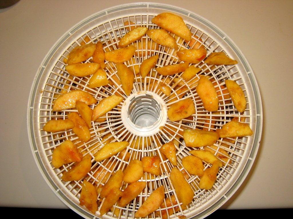 Dehydrated Cinnamon Peaches
