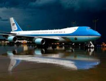Air-Force-One-President-of-the-United-States-JP-LOGAN-2