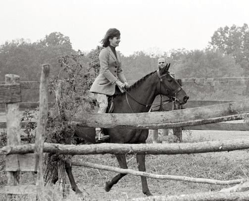 The First Lady rides Sardar at Glen Ora, Sept. 25, 1962.