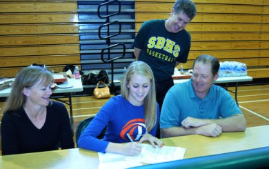 Emerson signs NLI for Pepperdine