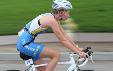 Visin, Waltman on top at UCSB's Kendra Payne Triathlon