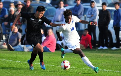 BSoc: Cate, Carpinteria battle to 1-1 draw