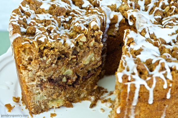 Center of whole grain apple coffee cake #WMTMoms