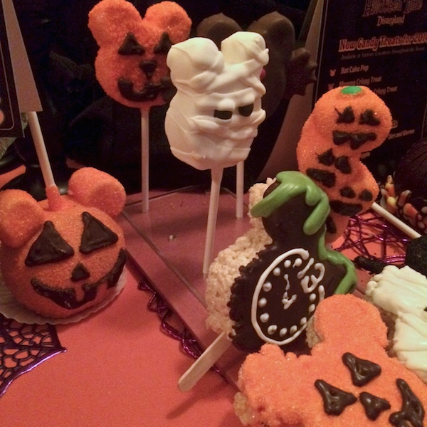 Disneyland HalloweenTime Pumpkin Twists and Other Salivating Treats